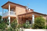 HOUSE WITH +-223M2 LIVEABLE ON +-715M2 PLOT JUST 1KM TO THE BEACH